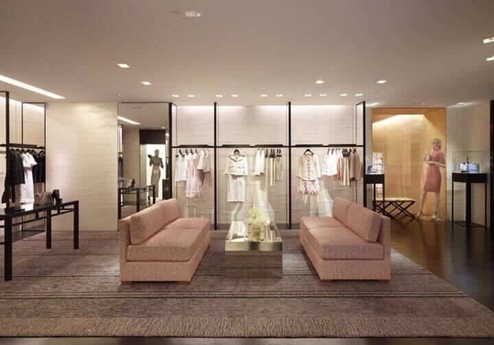 阿联酋领先的豪华女装制造商 (The Leading Manufacturer Of Women's Luxury Designer Apparel In The Uae For Sale)