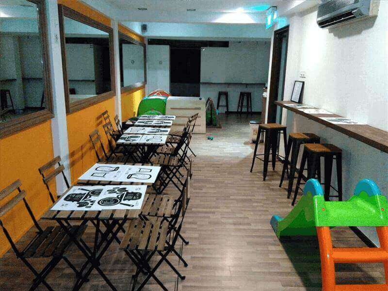 Popular Pet Cafe For Sale