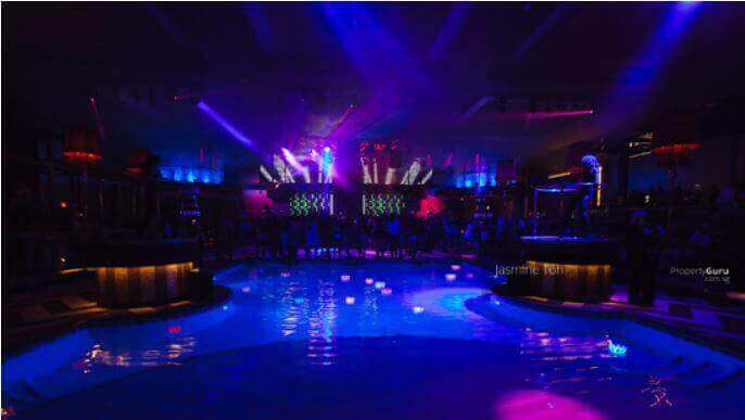 Night Club/Disco At Orchard Area (Till 6Am) (D09)