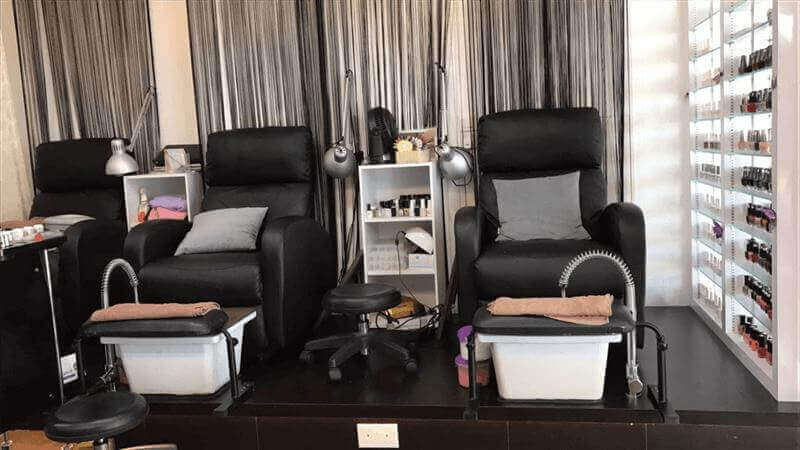 Manicure Business For Takeover With Full Equip + Customer!!