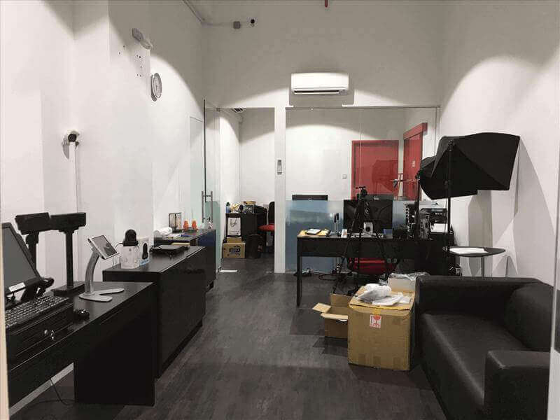 Fully Renovated Office @ Woodlands For Rent