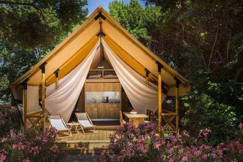 Own An Overseas Resort Business! (Profits Guaranteed)
