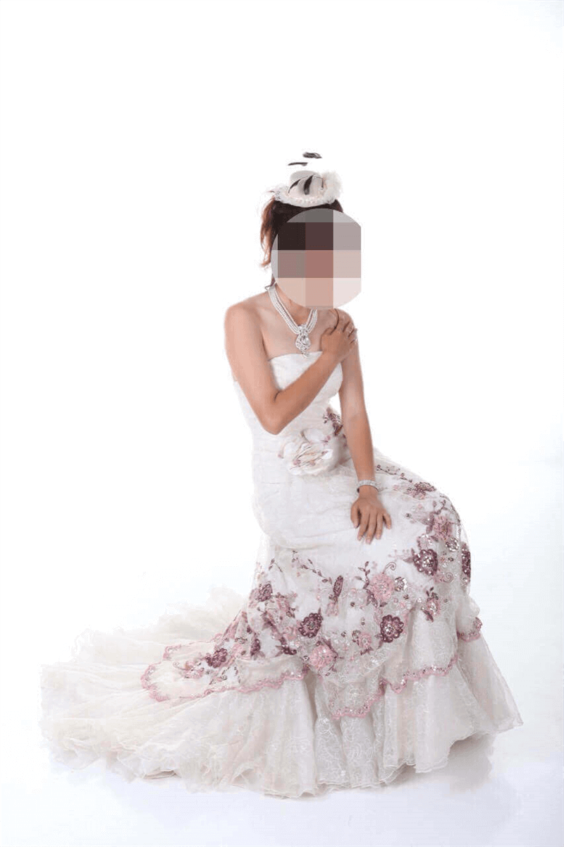 Bridal Boutique (婚纱精品) Takeover Sgd20,000 (Under Quote)