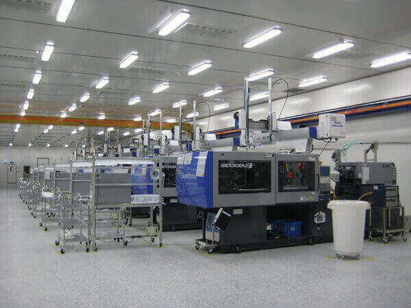 墨尔本大型塑料制品生产厂出售