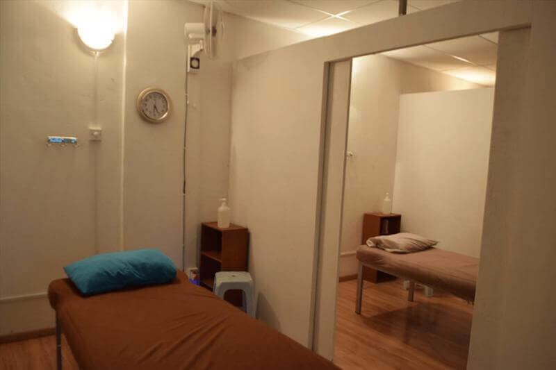 按摩店生意出頂 (價錢可商量) Massage Center Business For Sale ( Price Are Negotiabl