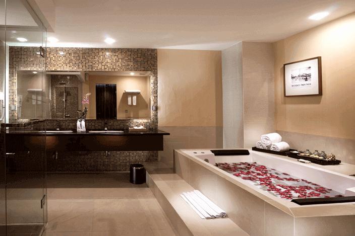 HIGH RETURN 4 STAR HOTEL IN YOGYAKARTA, INDONESIA for SALE