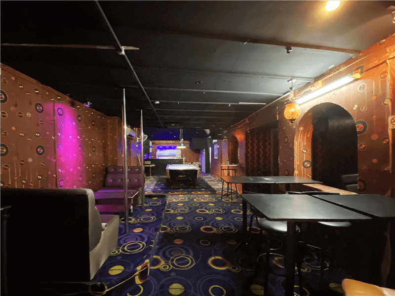 Cat 1 Nightclub / Bar For Takeover With 8 Artistes