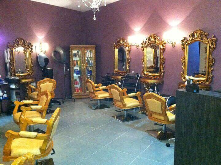 Hair Salon At Upscale Shopping Mall For Takeover
