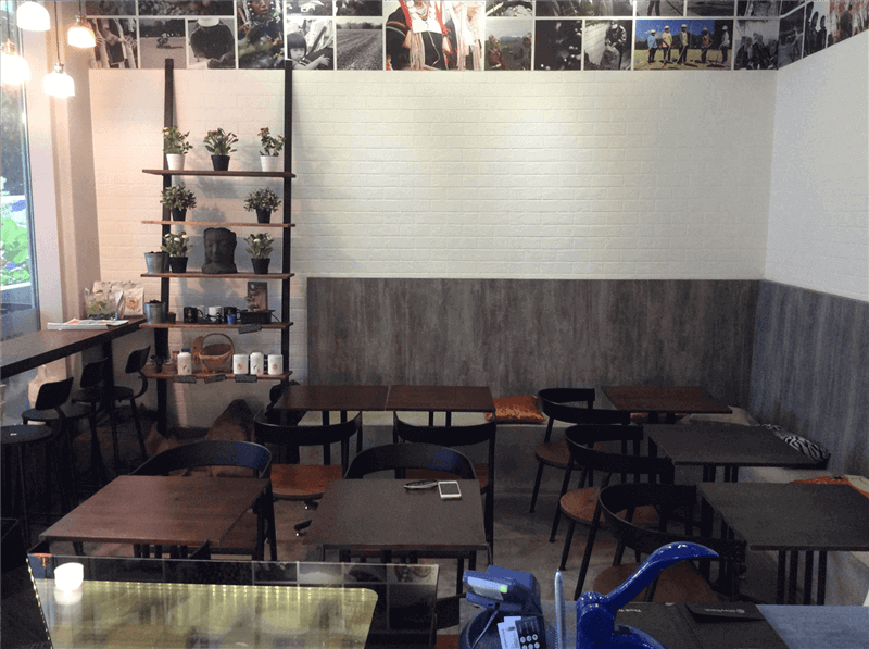 Well Set Up Premium Cafe