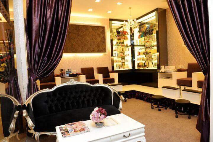 Nail & Spa Salon For Take Over