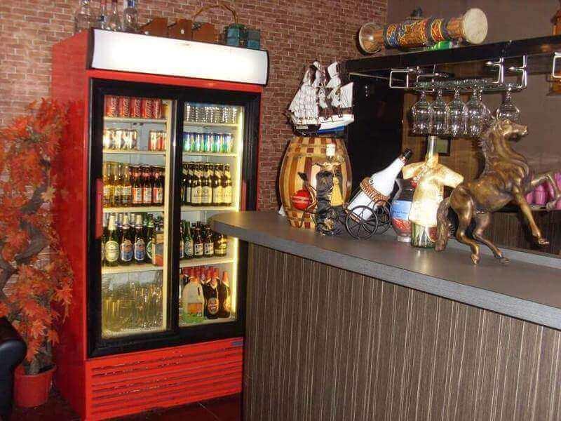 Restaurant & Bar At Litter India (Near Mustafa)